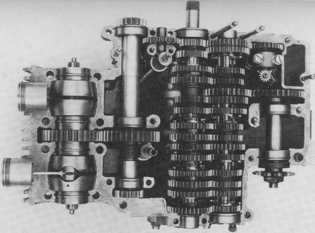 les plus beaux moteurs Suzuki15