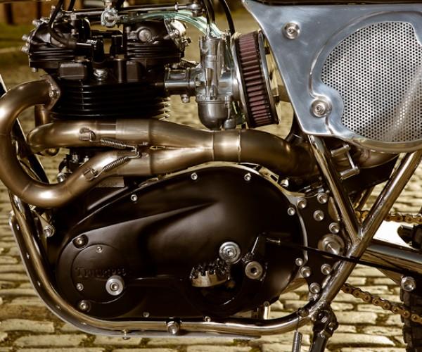"Triumph ""RVA Overland"" Triump40"