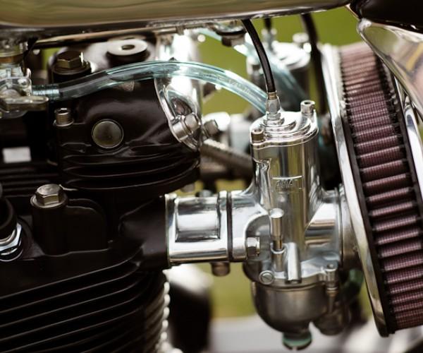 "Triumph ""RVA Overland"" Triump44"