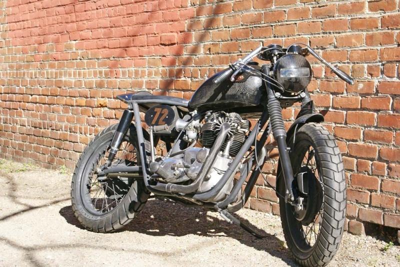 Triumph Bobber carbone Underg12