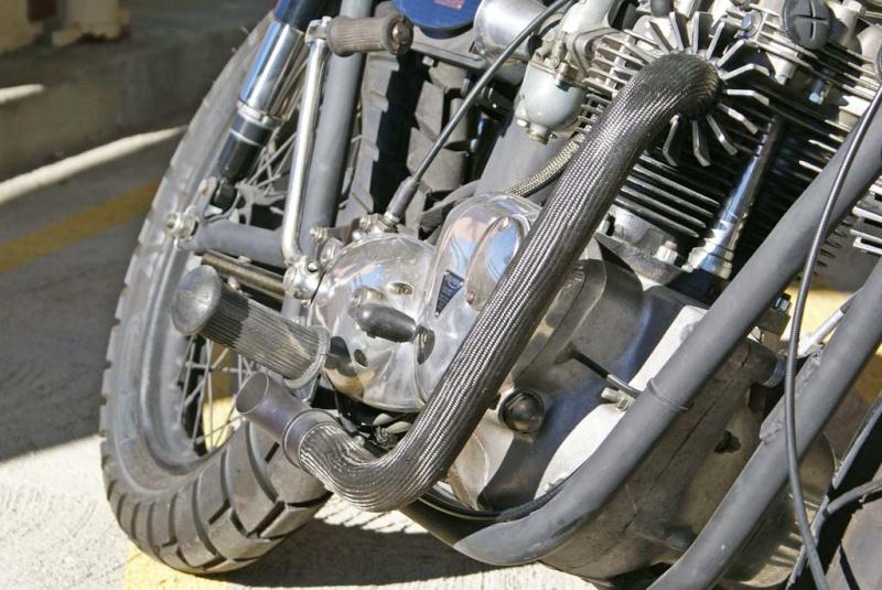 Triumph Bobber carbone Underg15