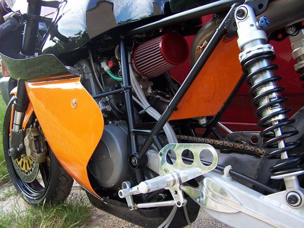 Racer ou cafra Kateumeu oldie ça a existé ? X660kt11
