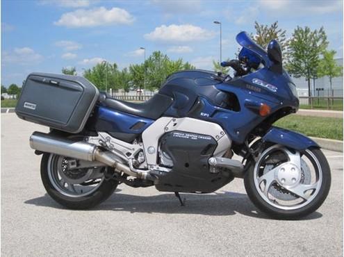 Motos d'exception et délires technologiques - Page 3 Yamaha11