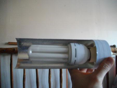 faire un réflecteur pour ampoule éco. à pas chère... Imgp0325