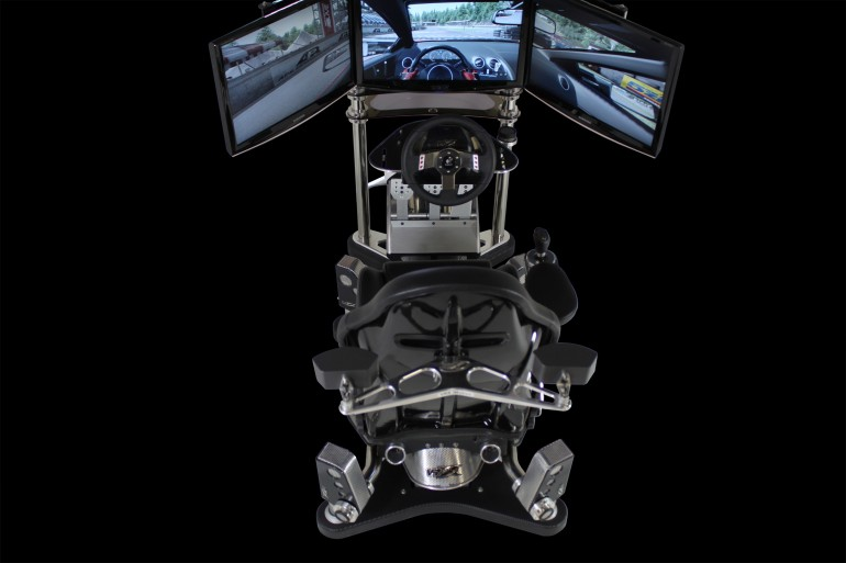 REVONS UN PEU !!!! The VRX iMotion racing simulator Imotio11