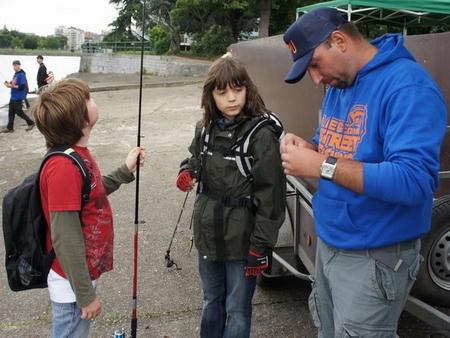 Emmener les gamin à la pêche... 0356