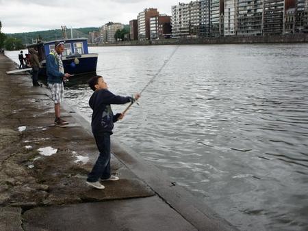 Emmener les gamin à la pêche... 0744