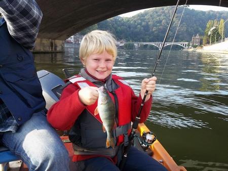 Emmener les gamin à la pêche... 1223