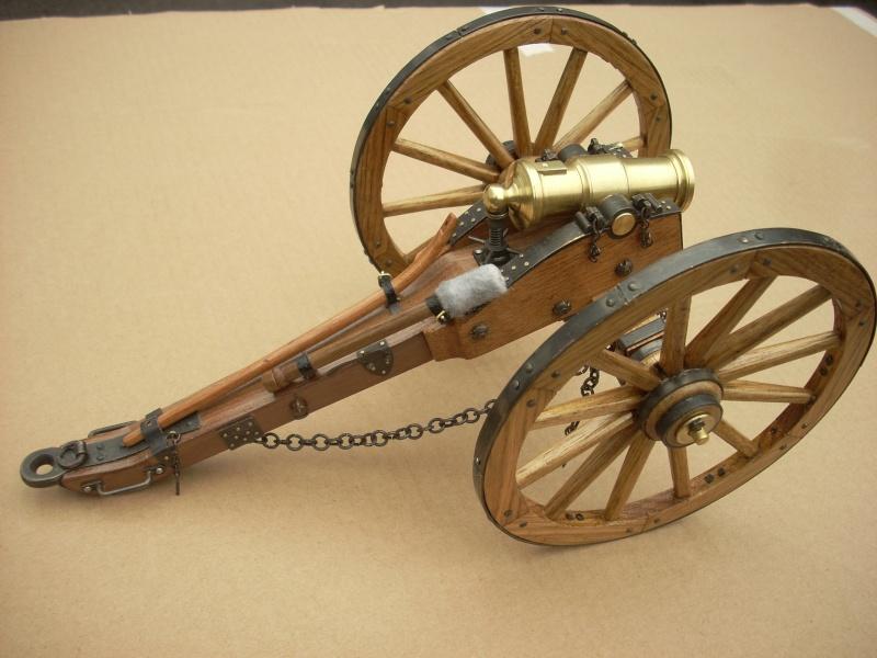 Obusier howitzer anglais, sur affût de campagne Dscn4510