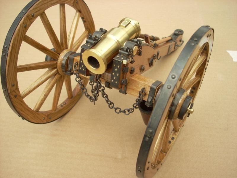 Obusier howitzer anglais, sur affût de campagne Dscn4513
