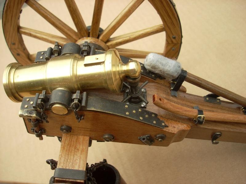 Obusier howitzer anglais, sur affût de campagne Dscn4514