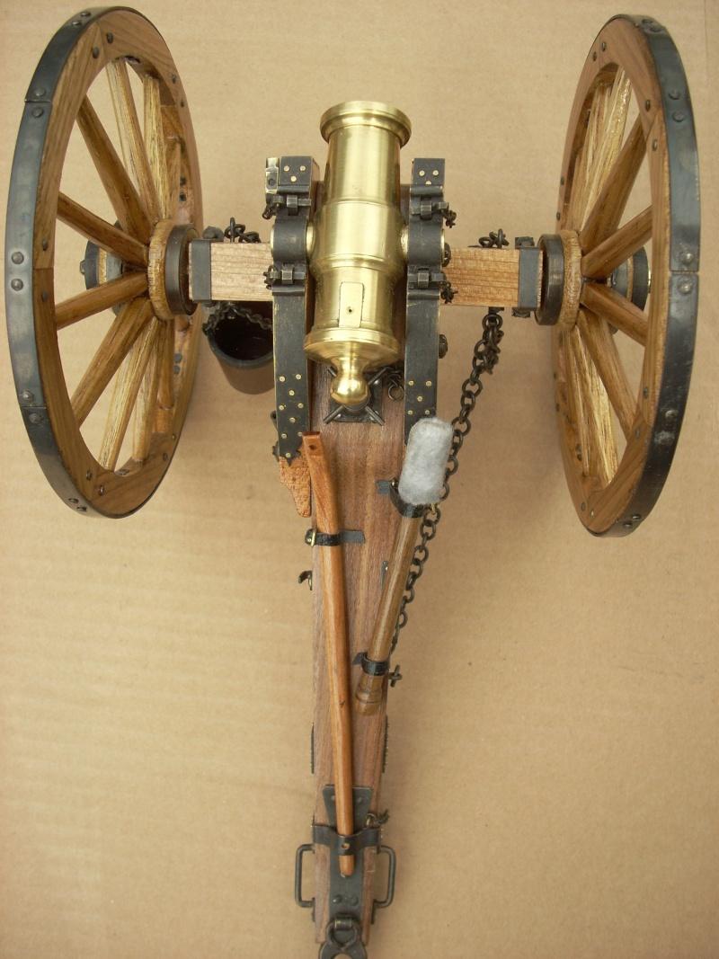 Obusier howitzer anglais, sur affût de campagne Dscn4519