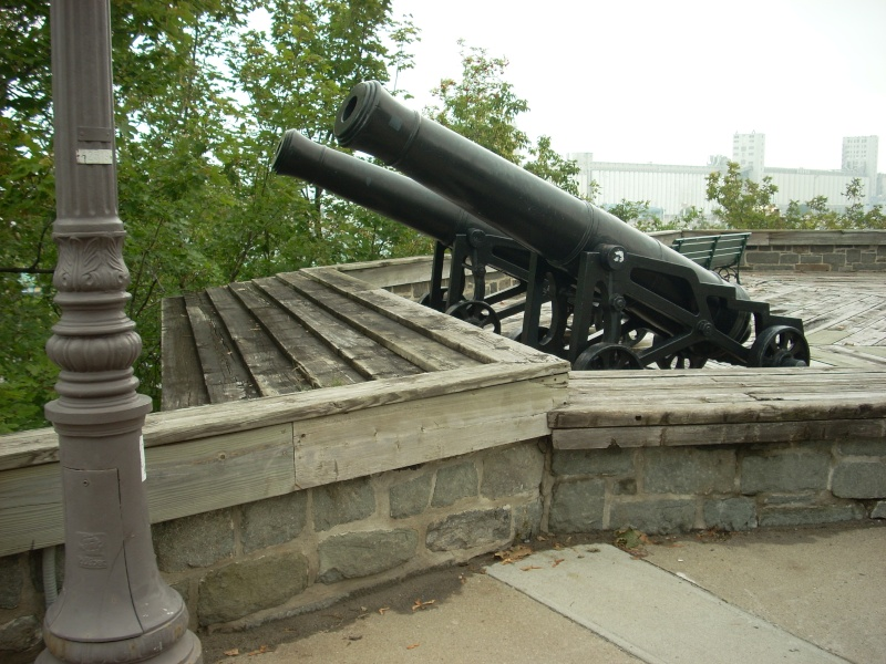 Bloomfield, 24 lbs sur affût de fonte (Québec 1775-76, ) Dscn4619