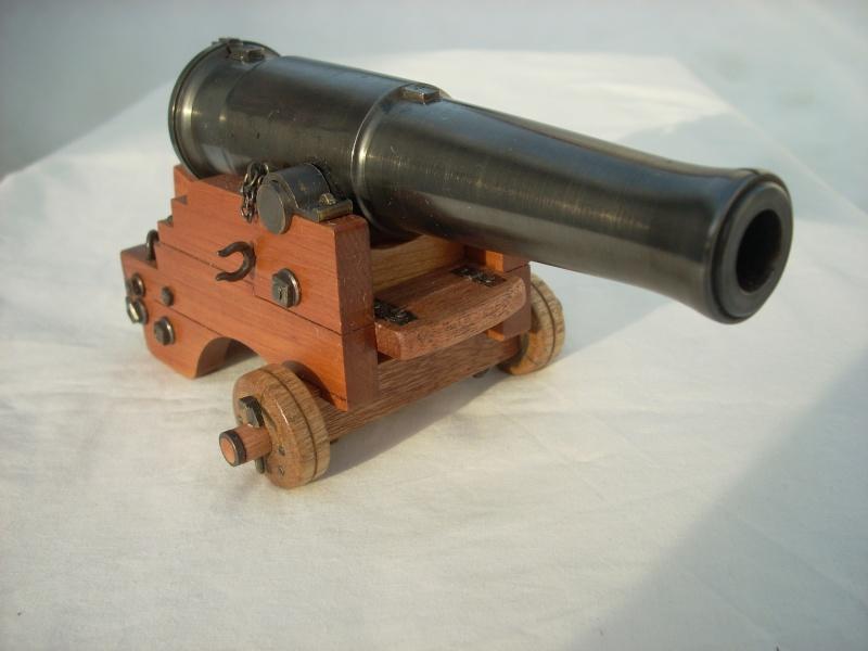 Canon-obusier à la Paixhan, modèle  1842, no 1 - Page 9 Dscn5018