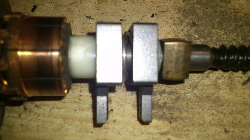 [TUTO] réparation antenne électrique XJ Dsc_0127