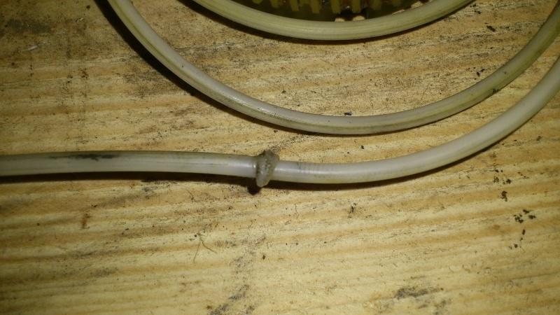 [TUTO] réparation antenne électrique XJ Dsc_0129