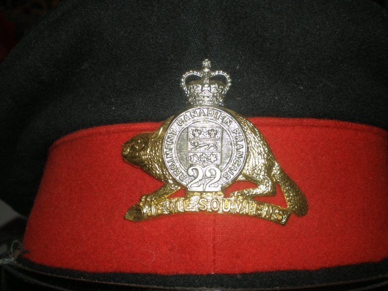 Latest arrival Merchant Navy ww2 and 1960 22 ieme regiment visor cap P7220017