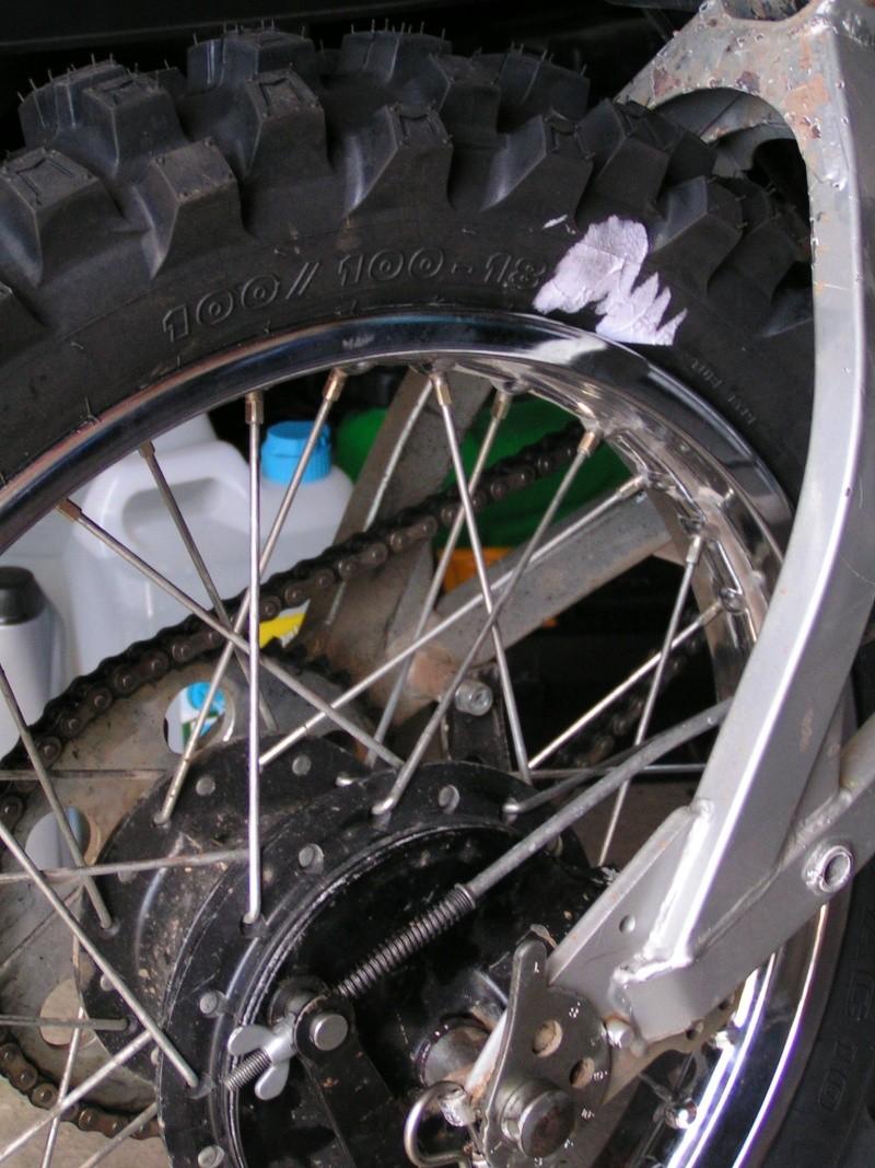 Pneu  Michelin AC10 100X100X18 sur Cantilever carré Pict0038