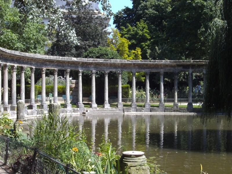 La Folie de Chartres ou le Parc Monceau Pict2615
