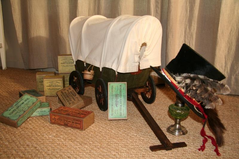 Boites de munitions antiques...... Pp_02112