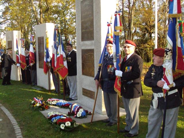 Hommage aux morts pour la France de la guerre d'Algerie 5 decembre a Vannes Dsc01211