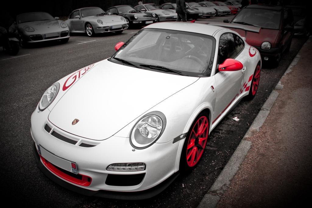 Cars & Coffee du 8 janv 2012 - Page 5 Img_1822