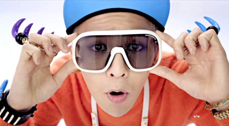 GD - Get your crayon.  G-drag10