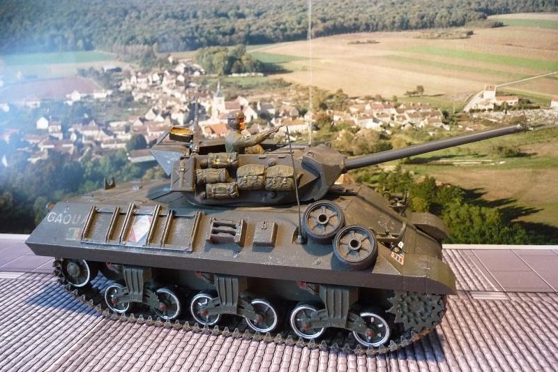 Tank destroyer M10 du 8 éme régiment de chasseurs d'Afrique -Tamiya 1/35éme P1040011