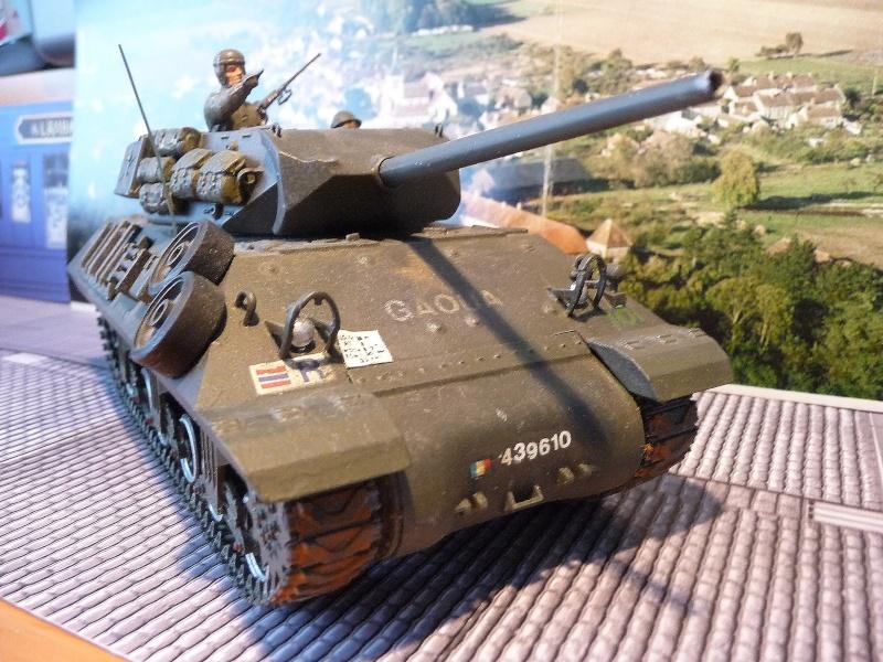 Tank destroyer M10 du 8 éme régiment de chasseurs d'Afrique -Tamiya 1/35éme P1040012