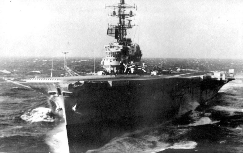 CVL R21 HMAS MELBOURNE 38662910