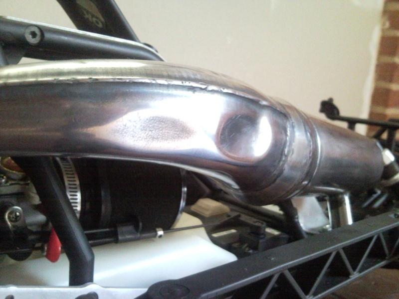 Eh un chassis pour le monsieur, un... Snc00223