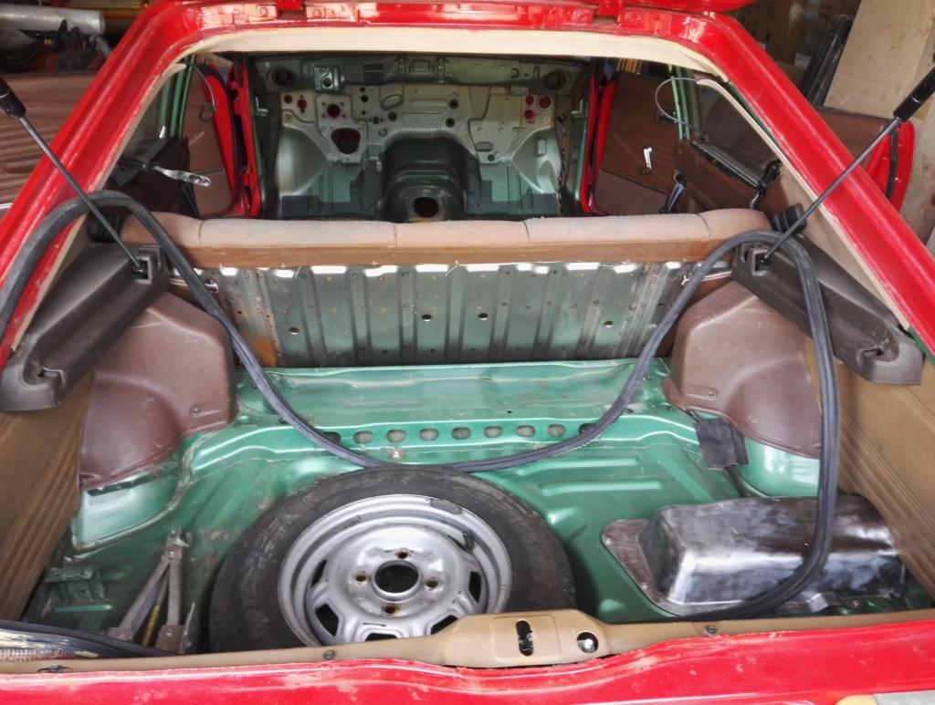 restauration Cherry KN10 coupé 1200 . 1979  Img_2030