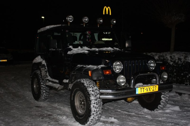 Jeep in the snow Img_2420