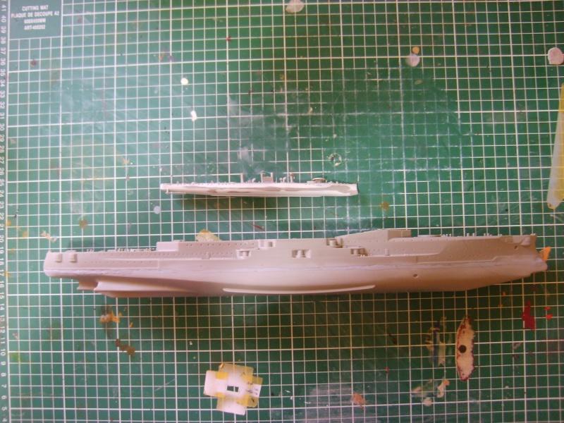 Croiseur SMS Scharnhorst Combrig + torpilleur Strérégutchy échelle 1/350è Debut des traveaux... S6000923