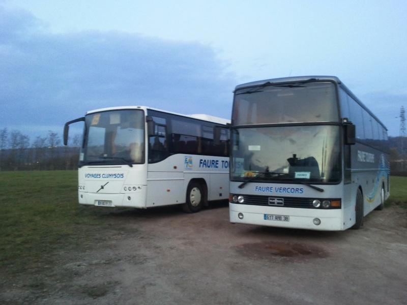Cars et Bus de la région Rhone Alpes - Page 4 2011-017