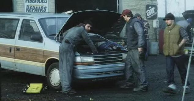 Pas nouveau, mais photo de mon S2 Plymouth Grand Voyager SE 92 14984910