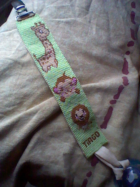 Elfée des bracelets Attach14