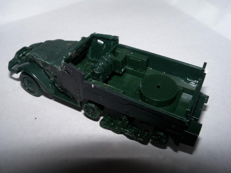 M3A1 Half-Track [Unimax 1/72] par Nicolasdu09 et M16 anti-aérien [Revell 1/76] par Panzer ==> Les faux jumeaux. - Page 2 100_1718