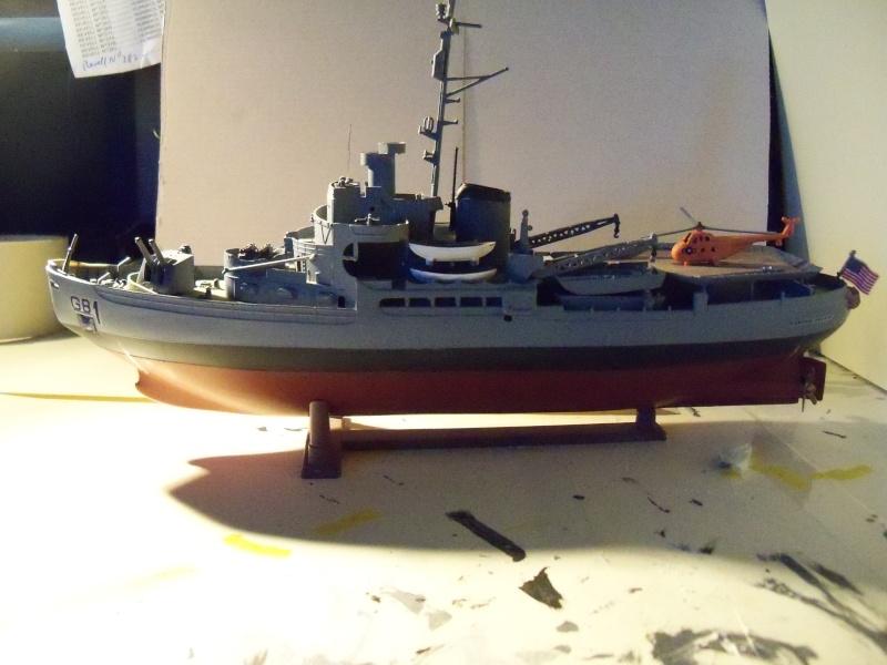 (revell) USS Burton Island  1/285 100_2610