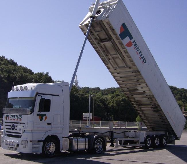 Testud Vrac (Savasse, 26) Camion13