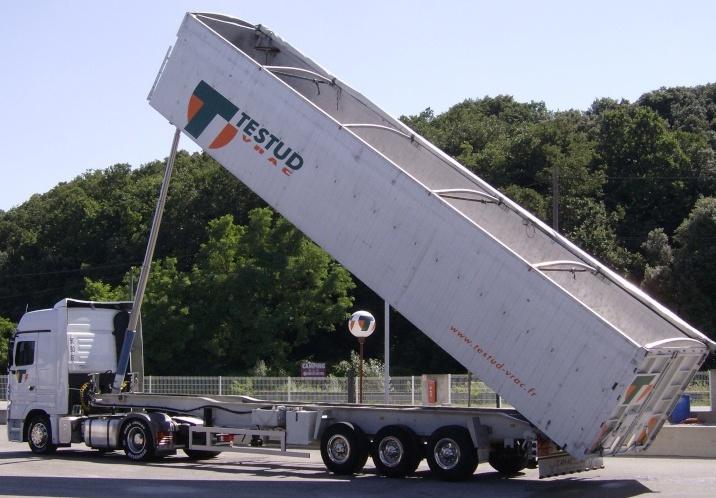 Testud Vrac (Savasse, 26) Camion14