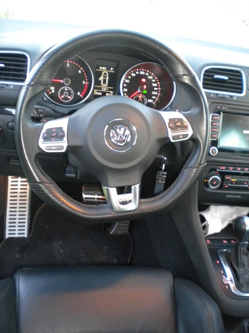 [GTD blanche 5 portes DSG] cuir/ Pack techno/toit ouvrant -novembre 2010 Dscn8813