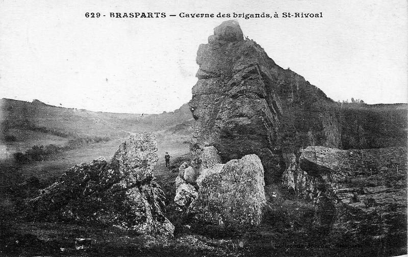 ROC'H AL LAERON, LA CAVERNE DES BRIGANDS Cavern10