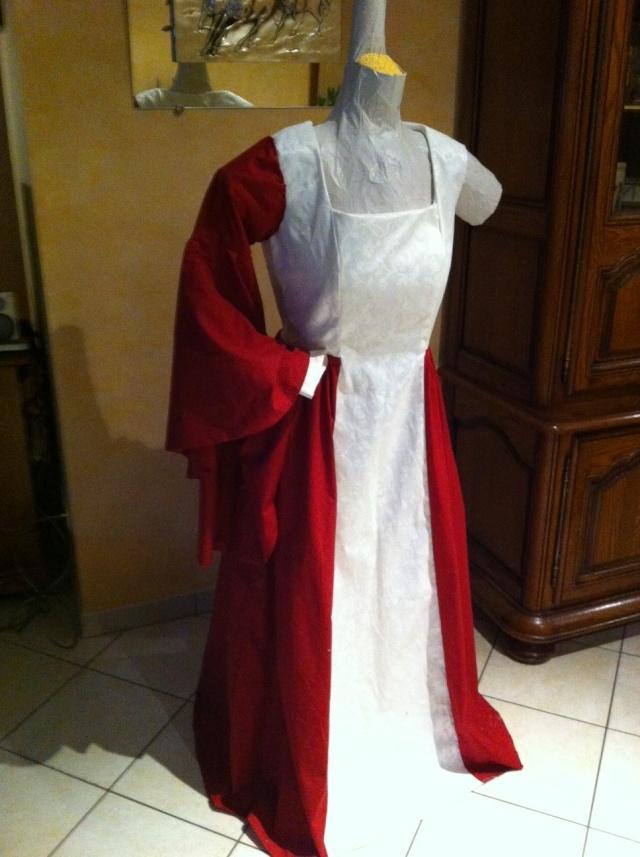 robes médiévales enfant et adulte Photo512
