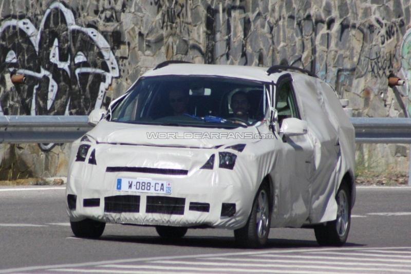 2011 - [Renault] Scénic III Restylé [J95] 37999010