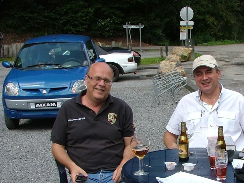 Concentration Porsche le 7 août 2011 à Hermalle (Liège)Comme chaque année,  - Page 2 Voitur10