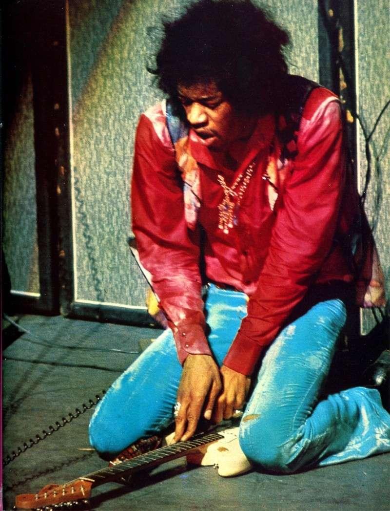 Jimi Hendrix dans la presse musicale française des années 60, 70 & 80 - Page 3 Rnf_5713