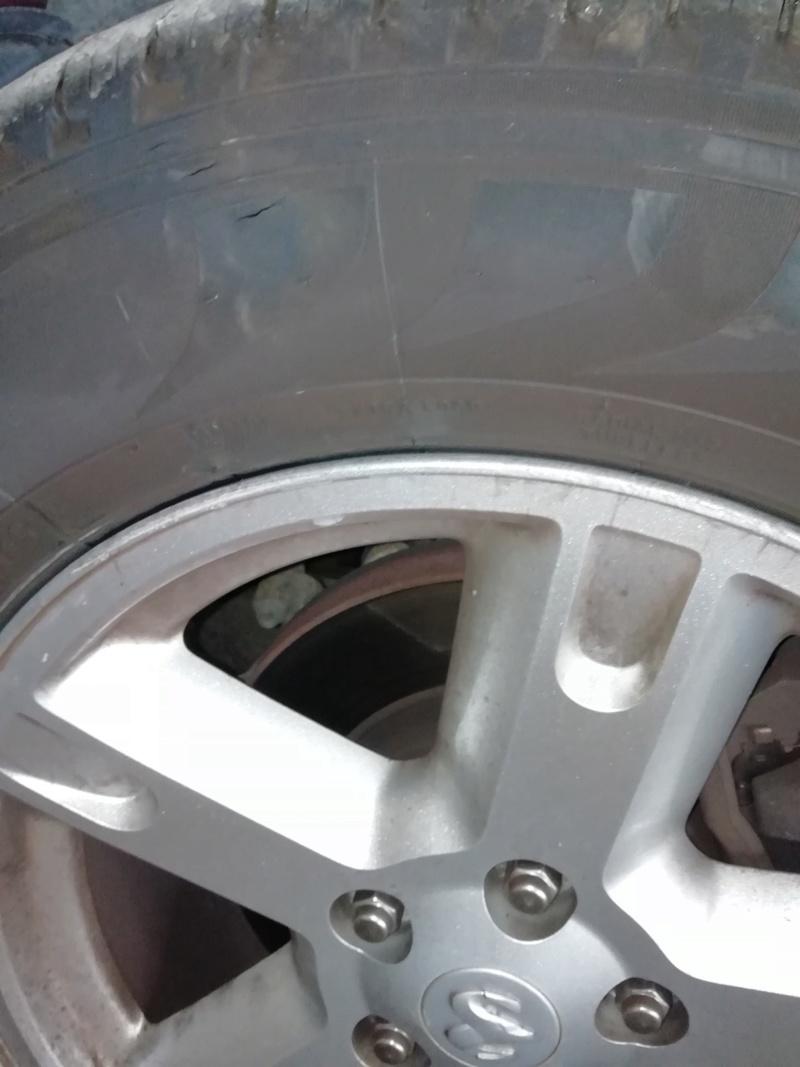 Vandalisme sur pneu Image92