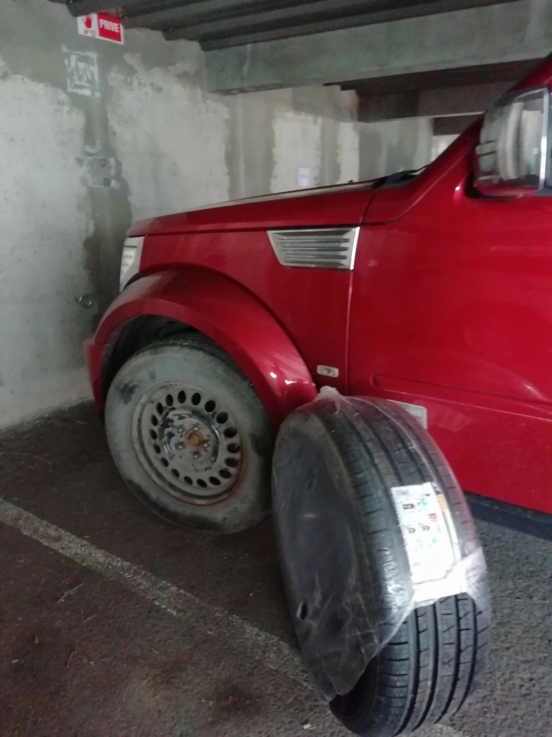 Vandalisme sur pneu Image93
