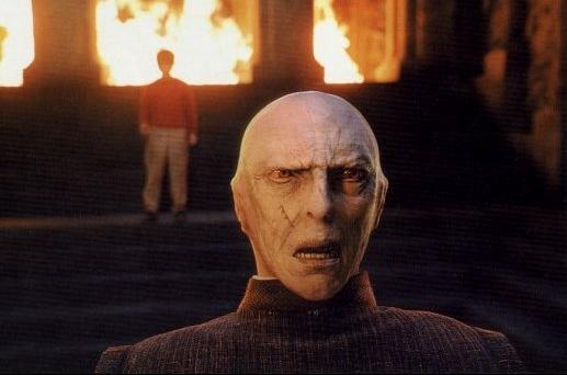 [HP3] Voldemort à Poudlard ? Voldy010